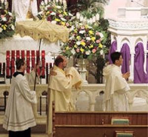 1 altar_repose_maundy