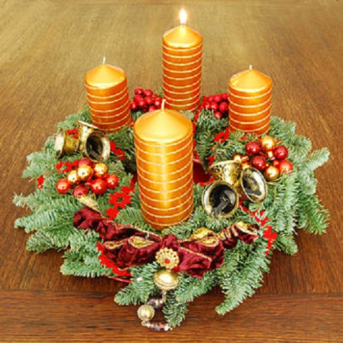 330px-Adventskranz-1_Advent